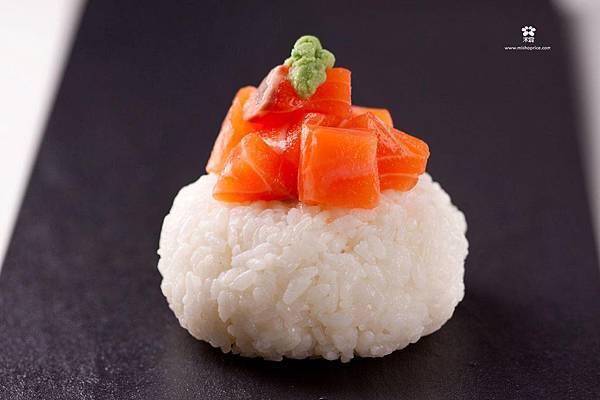 20121224 鮭魚海鮮飯糰