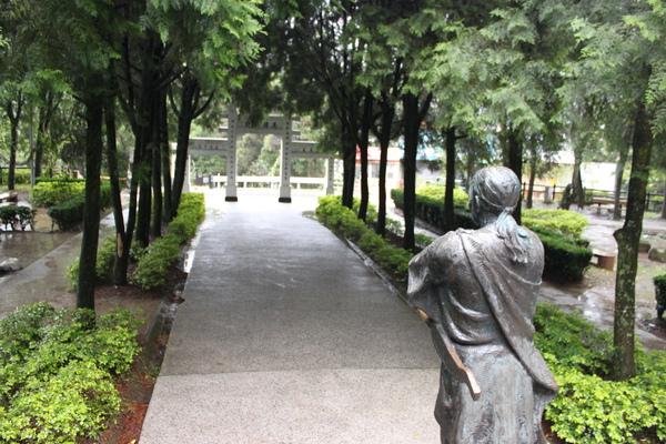 霧社紀念碑