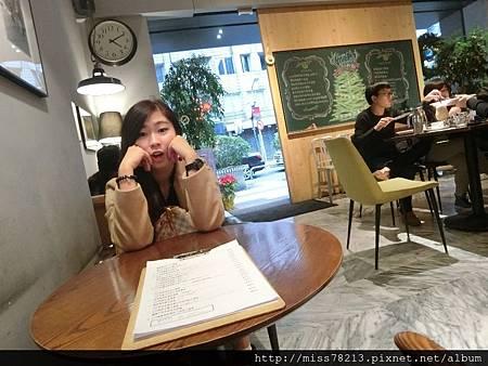 台北東區○ C25度CAFE 明星愛店下午茶推薦、手做限量甜點法式布丁吐司太強大、咖啡優質很順口、推薦東區下午茶餐廳