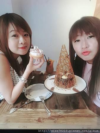 時安靜好。小明星大跟班王思佳推薦~乾燥花樹好美!!】台北中山區好吃甜點咖啡下午茶推薦玫瑰檸檬塔、巧克力戚風蛋糕超綿密