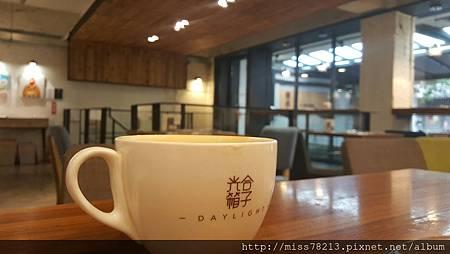 光合箱子Daylight(台北南京店)推薦台北南京復興下午茶早午餐美食黑糖堅果優格超好吃!!養生的下午茶姊妹時光