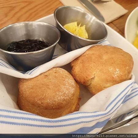 Buttermilk摩登美式餐廳必吃阿嬤炸雞最好吃