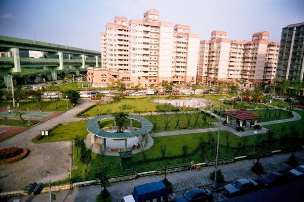 南港新家旁的公園