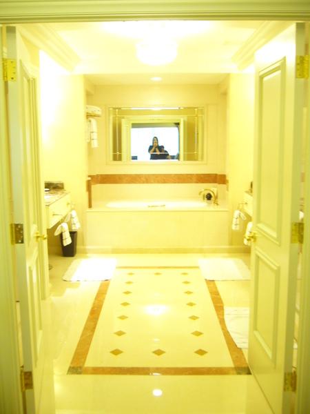 超級大浴室