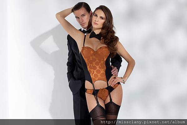 Bien Fée Pour Toi James Bond 1-4
