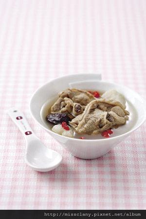 【豐胸料理】含滿滿蛋白質又可以簡單製作的料理『山藥雞湯』
