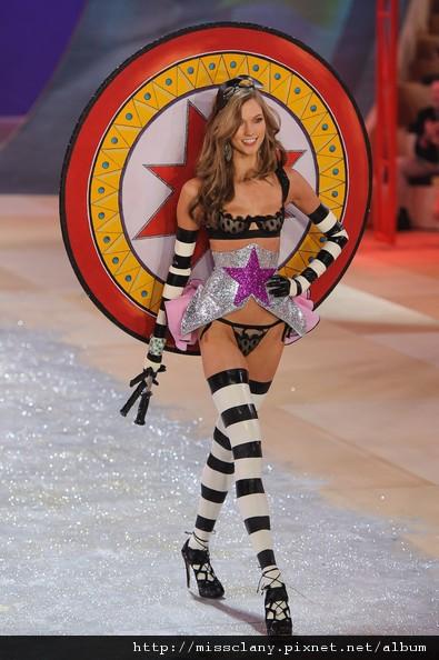 2012-2013 維多利亞的秘密時尚內衣秀 照片集 9