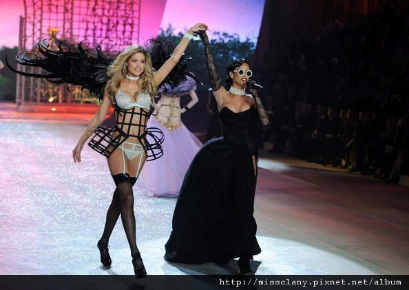 2012-2013 維多利亞的秘密時尚內衣秀 照片集 26