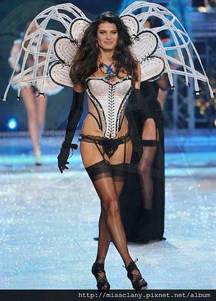 2012-2013 維多利亞的秘密時尚內衣秀 照片集 27