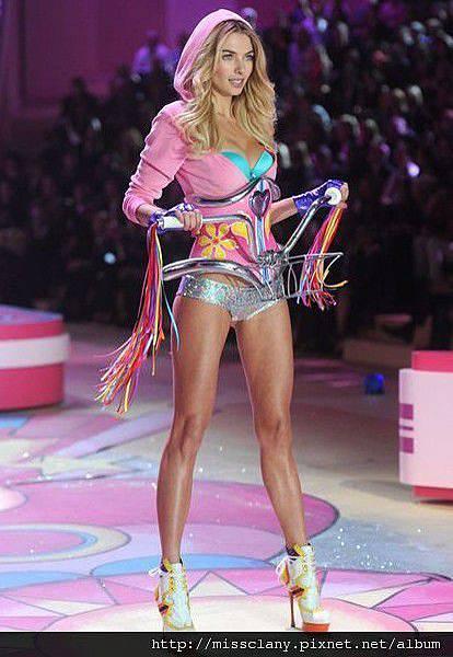 2012-2013 維多利亞的秘密時尚內衣秀 照片集 45