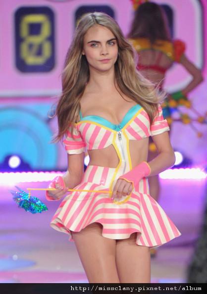 2012-2013 維多利亞的秘密時尚內衣秀 照片集 50