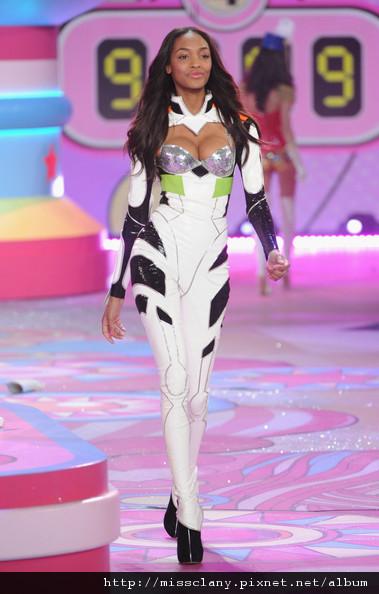 2012-2013 維多利亞的秘密時尚內衣秀 照片集 54