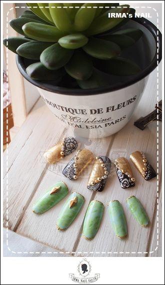 愛兒瑪日式美甲店內作品Works by manicurist in Irma nail salon Aug.2012(9)