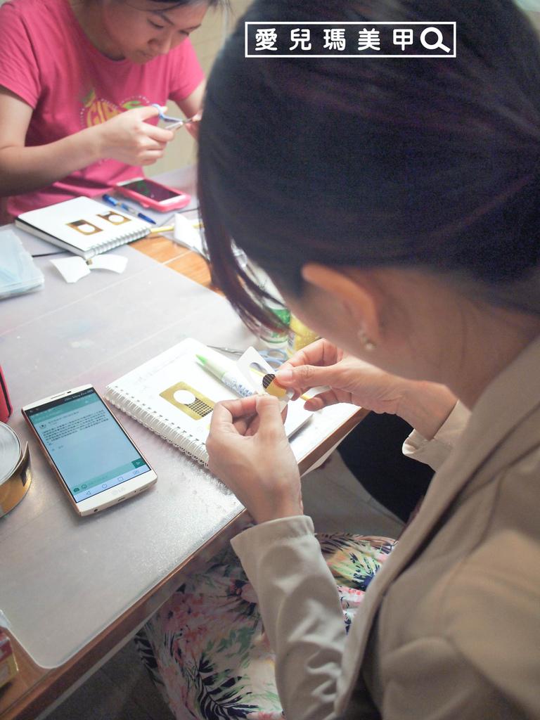 創業班二級考照凝膠延長-學生瑢媗和昭伶-上課花絮(1).jpg
