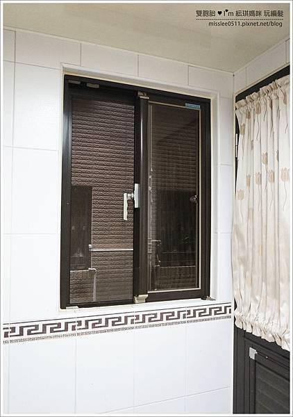 格子窗簾-2.JPG