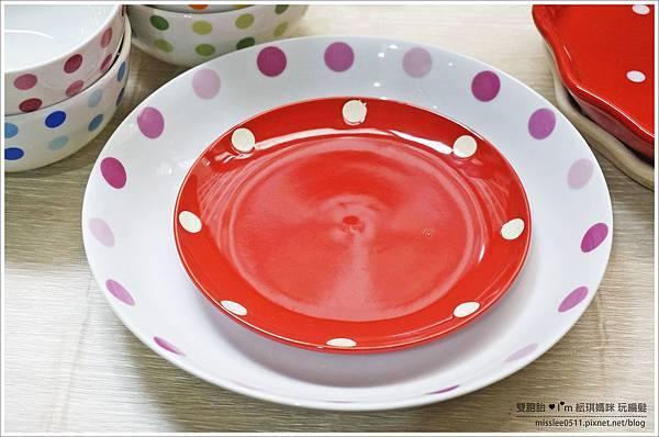 點點碗盤-3.JPG