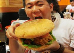 美食02-巨無霸漢堡.jpg