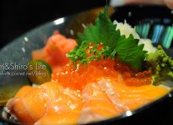 美食04-親子鮭魚卵丼.jpg