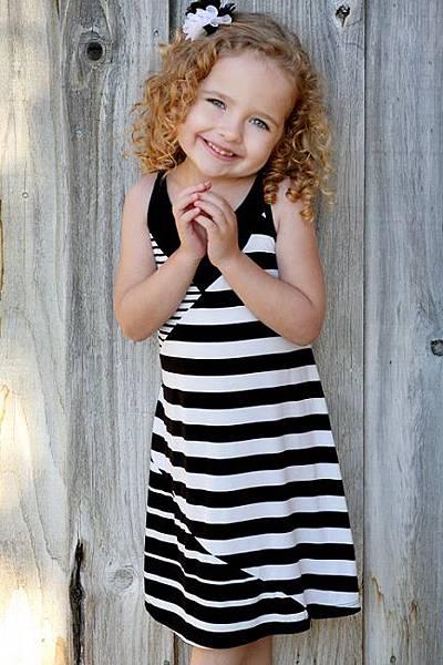 sara-sara-black-striped-dress
