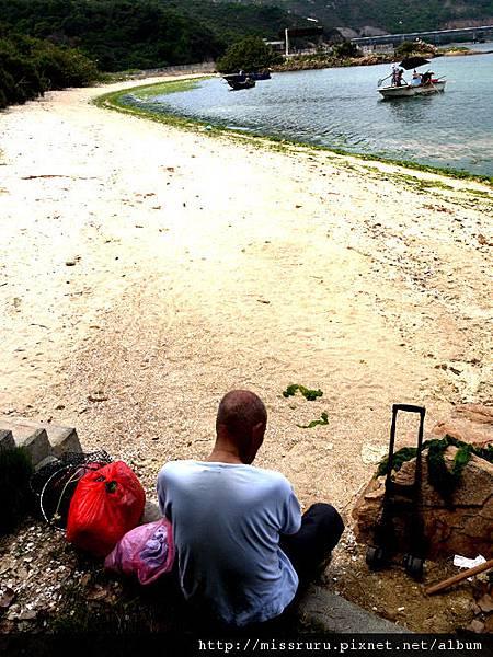 0414-南ㄚ島海藻等待阿婆的阿公
