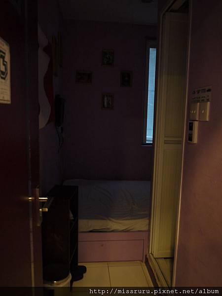 0411-偷拍民宿別間房