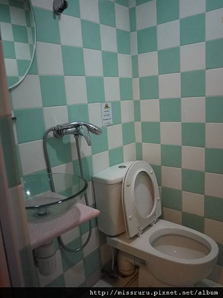 0411-只有廁所堪稱正常