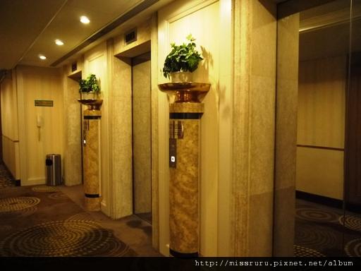 0413 砲台山麗東酒店電梯