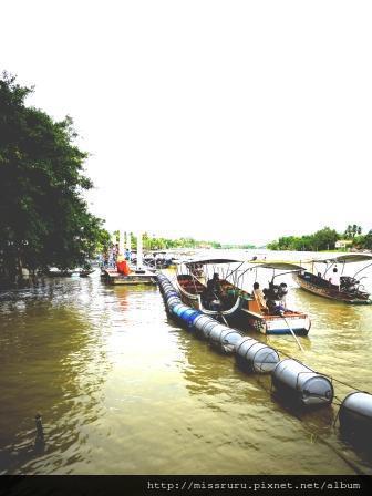 安帕瓦水上市場-5+1廟遊船-廟6-樹中廟碼頭