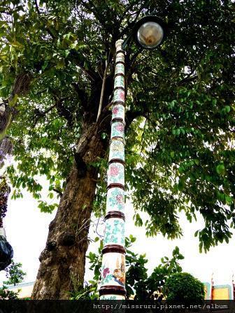 臥佛寺-古典風路燈