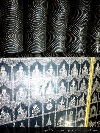 臥佛寺-鑲貝腳底板