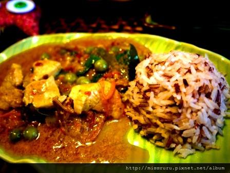 學泰國料理-第五道-紅咖哩雞佐彩色飯