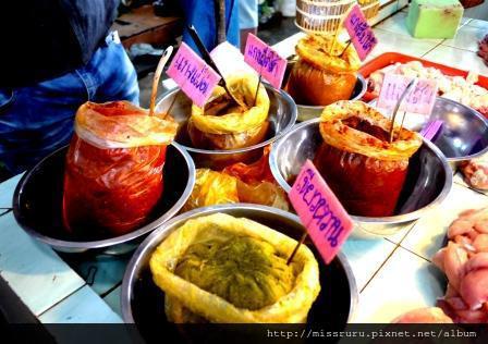學泰國料理-咖哩有三種黃紅綠