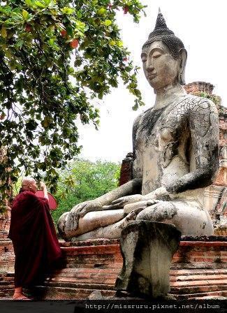 Ayutthaya-僧侶與佛