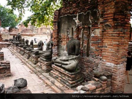 Ayutthaya-無頭佛像