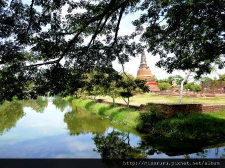 Ayutthaya-WAT PHRASISANPETH潺潺小河