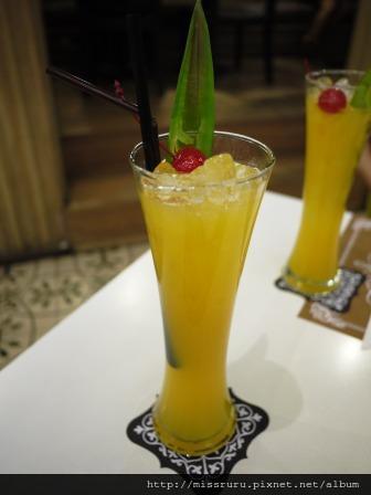 MANNA-芒果鳳梨百香果汁100B左右