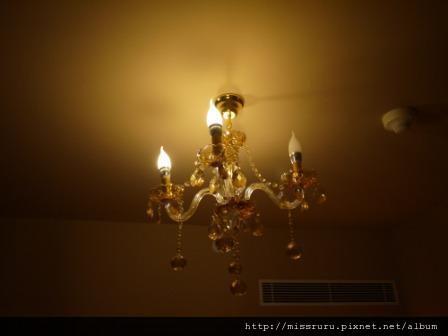 華麗海景酒店-一趴燈壞了很昏暗