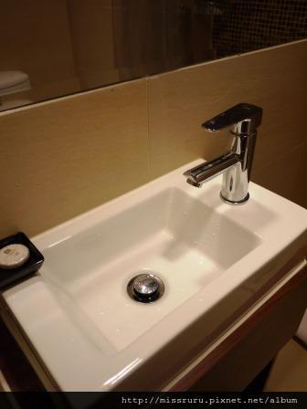華麗海景酒店-迷你洗手台-備品香皂一枚