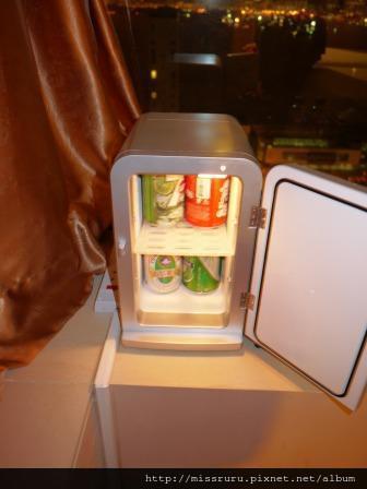 華麗海景酒店-迷你冰箱飲料要收費很貴