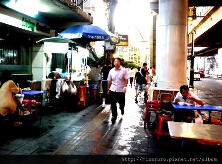 海南雞飯-超級路邊的路邊攤