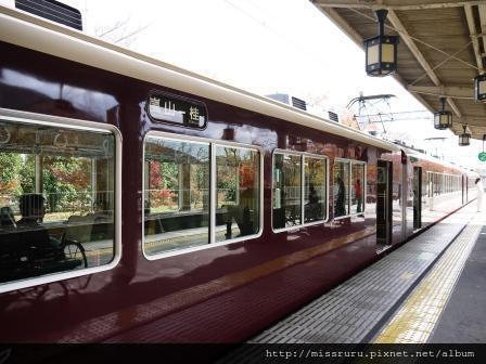 30-嵐山電車