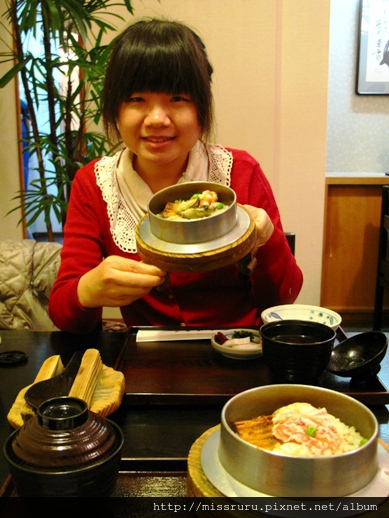 釜飯很燙1155日幣