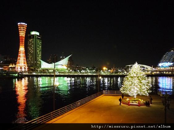 神戶塔-與聖誕樹