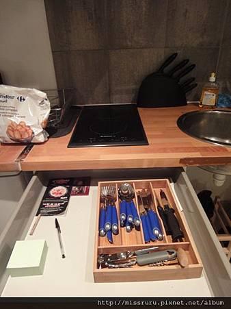 民宿廚房餐具