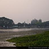 R從飯店看桂河大橋.JPG