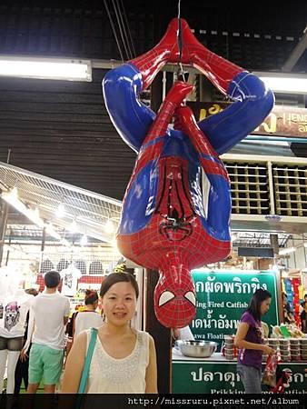 蜘蛛人在安帕瓦很突兀.JPG