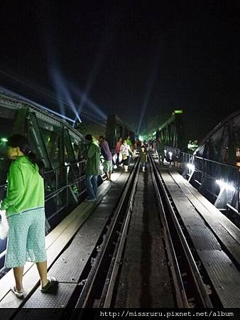桂河大橋-夜晚.JPG