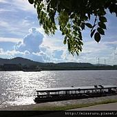 寮國島-回程的傳.JPG