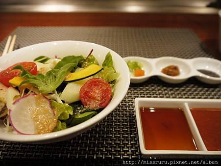 沙拉與沾醬.JPG