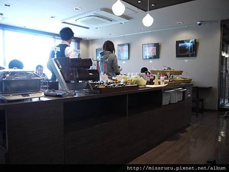 飯店早餐餐廳.JPG